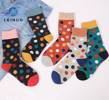 /img/Fashion-Woman-socks-Made-by-spandex-Covered-Yarn-3075. jpg
