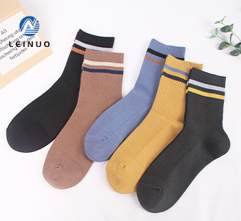 /img / mens-solid-business-socks-made-with-3075-36f-colred-yarn.jpg